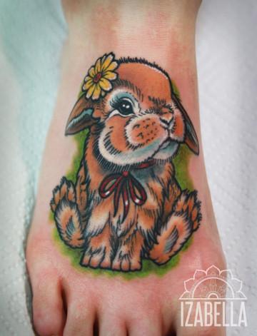 królik zając tatuaż trusia