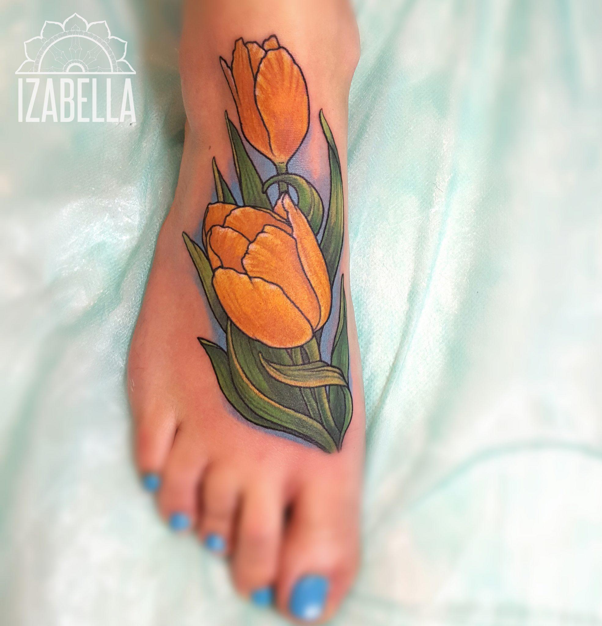 tulipan tatuaż